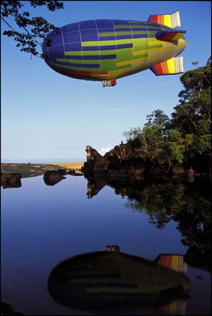 Flight of the dirigible
